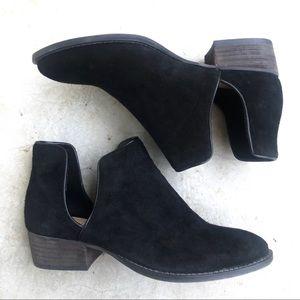 Saks Fifth Avenue black suede side split boots